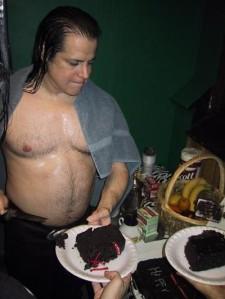 TWIST OF CAKE