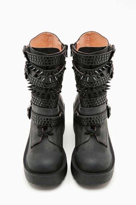 296f9d8f6efa5a0dc7f0e603bf1bebbb--goth-shoes-boot-shop